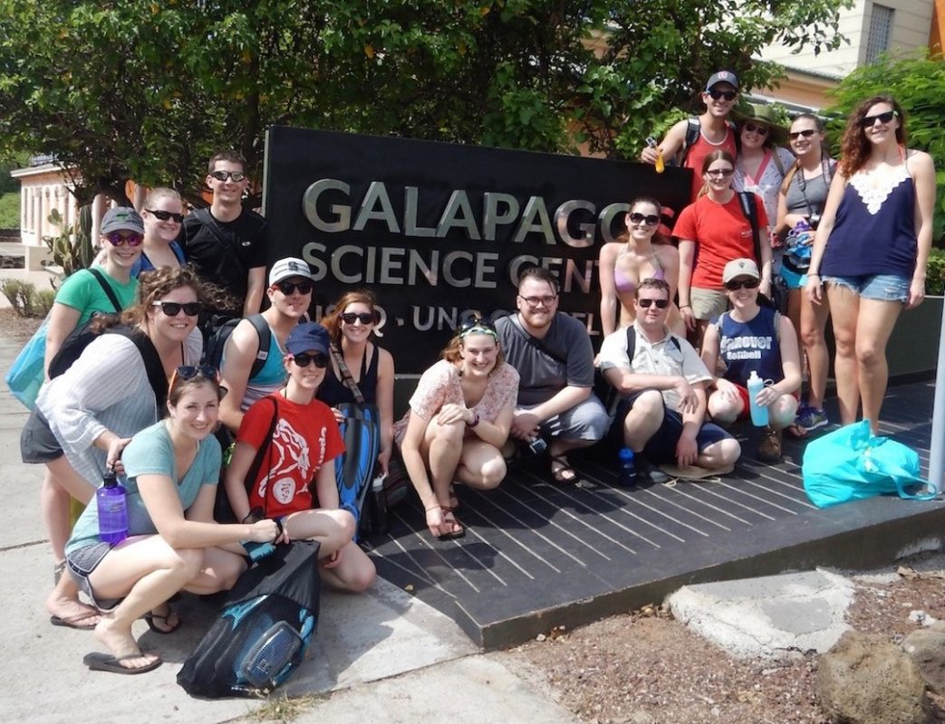 Veterinary students outside the Galapagos Science Center